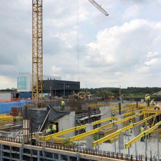 (Polski) Trwa budowa obiektu w Trzebini